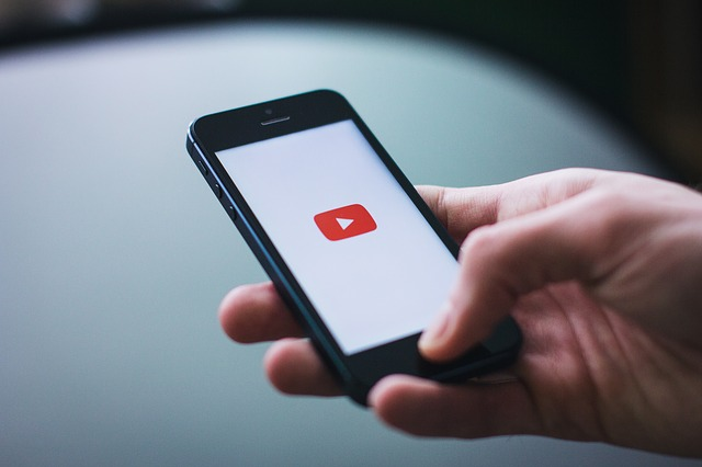 Con Caption Pop podemos ver subtítulos en dos idiomas de los vídeos de Youtube. Linguadviser